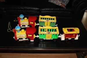 VINTAGE FISHER-PRICE CIRCUS TRAIN(S)