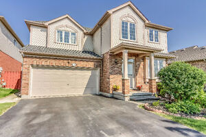 Stunning home in Summerside just off 401 in London ON