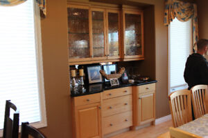 HIGH QUALITY MAPLE CABINETRY