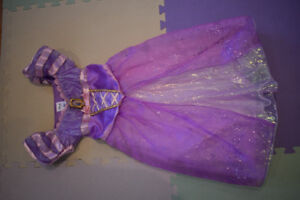 Rapunzel princess dress (age 4-6)