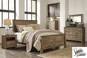 Brand NEW Trinell Complete Queen Bed! Call 780-437-0808!