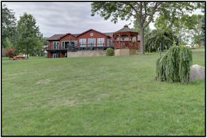 Open House Oct 8 1p-3p: Luxurious Bungalow with Views Kawartha Lakes Peterborough Area image 1