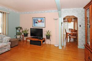 *** Set de trois tables pour salon *** West Island Greater Montréal image 2