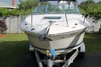 2005 Sea Ray 215 Weekender with very low hours in mint shape !!!