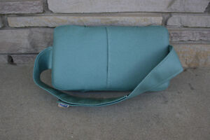 Back Support Pillow Stratford Kitchener Area image 2