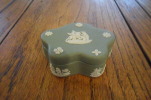 c1953 wedgewood trinket box