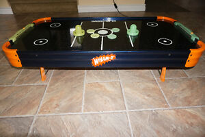 MINI TABLE DE AIR HOCHEY (GLOW IN THE DARK)