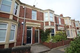 5 bedroom flat in Kelvin Grove, Newcastle Upon Tyne, NE2
