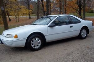 1992 Ford Thunderbird Coupe (2 door)