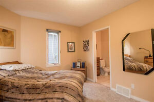 2000+ sqft 5 Bedroom home facing Mill Creek Ravine!!! Edmonton Edmonton Area image 5