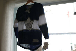 Toronto Maple Leaf Reebok NHL  Official Youth Jersey NEW