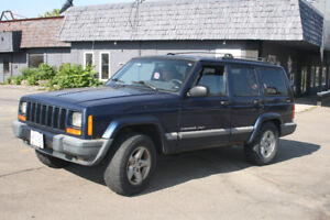 2001 Jeep Cherokee 4.0 L. Other