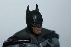 Batman Arkham Origin Collectible ( lightly used) London Ontario image 4