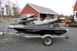 2013 Waverunner FX Cruiser SHO with Loadrite trailer