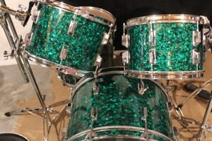 Vintage Restored 1978 Pearl W-5 Drum kit