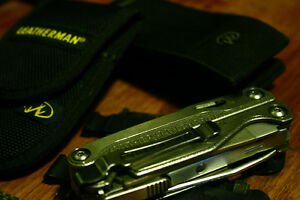 leatherman charge tti with bits, molle pouch, pocket clip