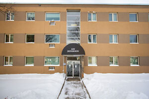 Great Main Floor Condo Priced to Sell!