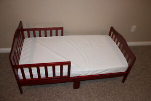 TODDLER BED AND MATTRESS: NEARLY NEW