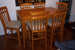 PUB STYLE DINING  TABLE WITH LEAF AND 6 CHAIRS