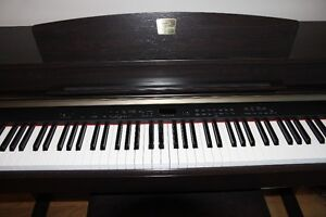 Clavinova Digital Piano