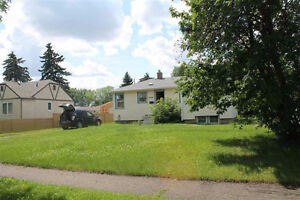 66' Subdividable Lot with House