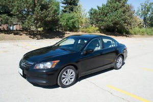 2011 Honda Accord Highly Optioned- Very Clean & Well-maintained