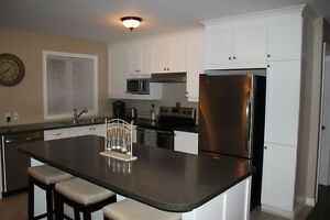Luxury condo for rent in Alexandria