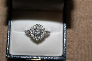 Ladies 18k White Gold Over 925 Silver Size 8 Engagement Ring