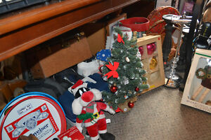 Vintage Christmas Bulb Sets (Boxed!) + Other Various Decorations Windsor Region Ontario image 4