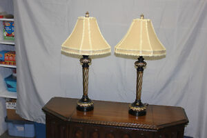 2 Traditional Style Table Lamps