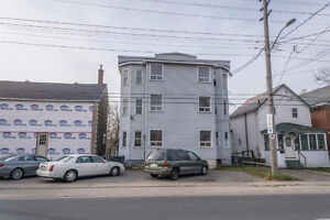 2 bedroom apartment - Close to downtown events and restaurants
