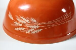 Pyrex Autumn Harvest Cinderella Large Mixing Bowl #403 2.5lt. Vt Kingston Kingston Area image 2