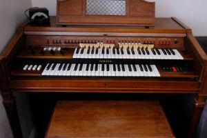 Yamaha Electone Organ D3R