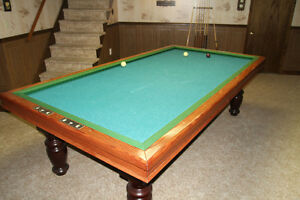 European Style Billiard Table & Accessories