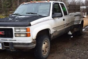 1995 Dually 3500 Pickup Truck Long Box