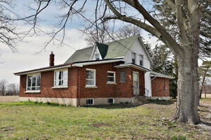 House for Sale! (3659 Canborough Rd, Fenwick, Ontario)