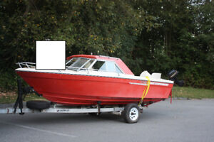 Boat for Sale and trailer