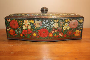 Vintage Biscuit Tin London Ontario image 3