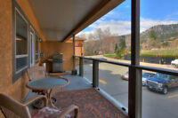 Lakeshore Garden Condo in Peachland