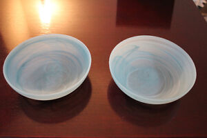 A Set of 2 Sky blue swirl serving plates