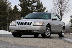2007 Mercury Grand Marquis Ultimate Edition MINT!