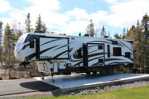 Keystone Fuzion 39 Foot Toy Hauler Fifth Wheel