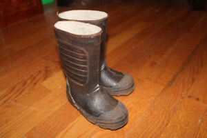 Size 8 (Toddler) Cougar Waterproof Winter Boots