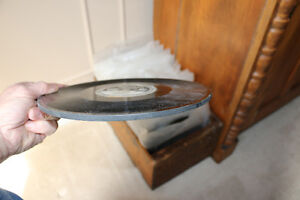 Antique Edison Diamond Disc Payer and Records, Man Cave Quality London Ontario image 2