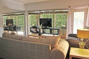 Gorgeous Fully Furnished Executive 1 Bdrm Suite - Now Available!