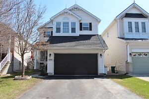 Well maintained 3 bed w/ 2.5 Bath (1907 sq ft)