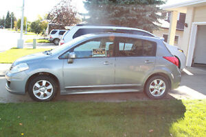 2010 Nissan Versa Hatchback MANUAL TRANSMISSION