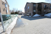 Superbe 7 ½ style condo du proprietaire occupant a Chateauguay
