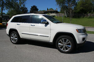 2011 Jeep Grand Cherokee Overland V8 Edition SUV, Crossover