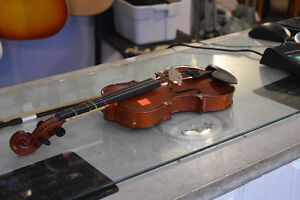 **GREAT CONDITION** Menzel Half-Size Violin with Bow